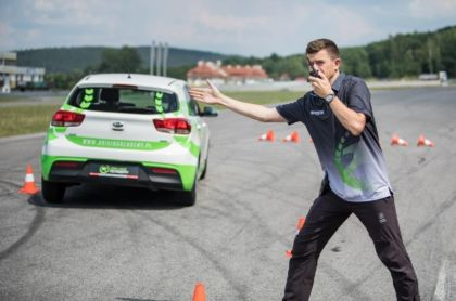 DRIVING ACADEMY